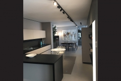 Entis-light-showroom-peverelli-02
