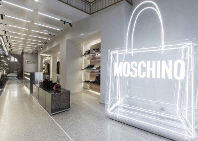SHOWROOM MOSCHINO